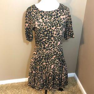H&M Fit and Flare Leopard Print Dress Pleats 8
